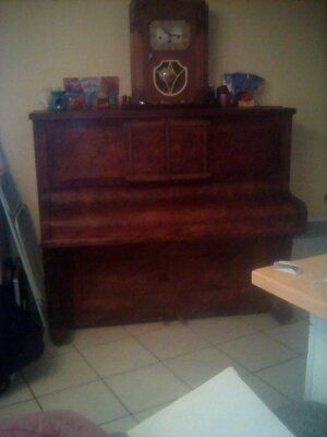 piano HAake Hannover 1 Carnoules (83)