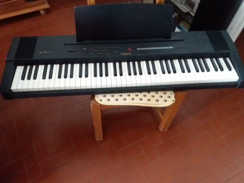 Piano numérique roland EP 75 500 Draguignan (83)