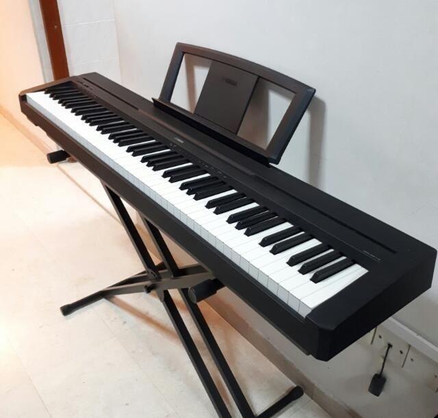 Piano numérique Yamaha 88 touches 400 Ailleville (10)