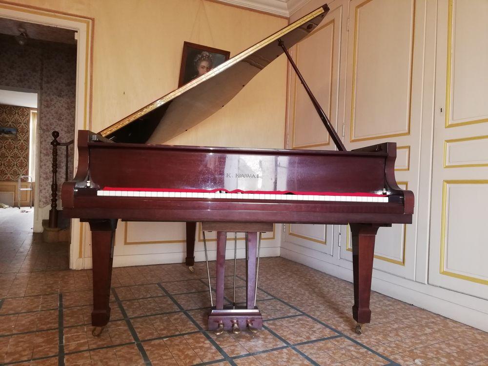 Piano quart de queue à saisir pour 8 000 €,  8000 Le Lude (72)
