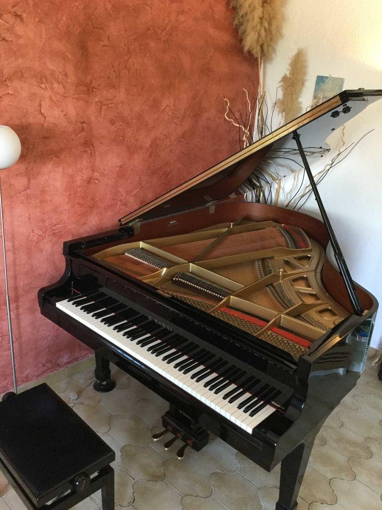 PIANO A QUEUE KAWAI RX2  9990 Perpignan (66)