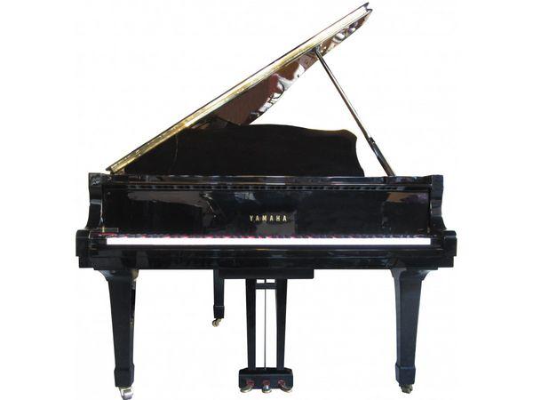 Piano 1/4 de queue Yamaha C3 13000 Neuilly-sur-Seine (92)