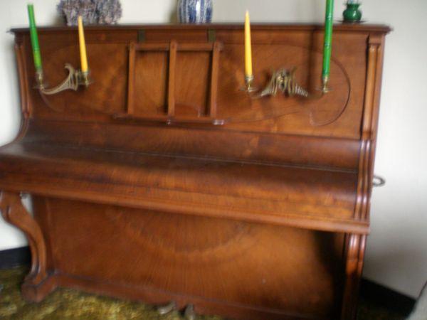 Piano  SOLEIL   GAVEAU  1 Pau (64)