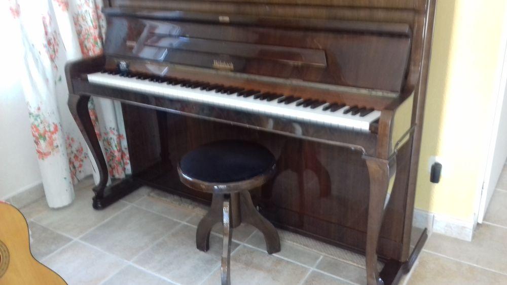 piano weinbach de 1992 0 Douvaine (74)