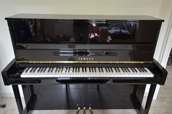 achetez piano yamaha b3 pe occasion annonce vente antony 92 wb153380657. Black Bedroom Furniture Sets. Home Design Ideas