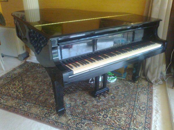 pianos occasion dans les yvelines 78 annonces achat et vente de pianos paruvendu mondebarras. Black Bedroom Furniture Sets. Home Design Ideas