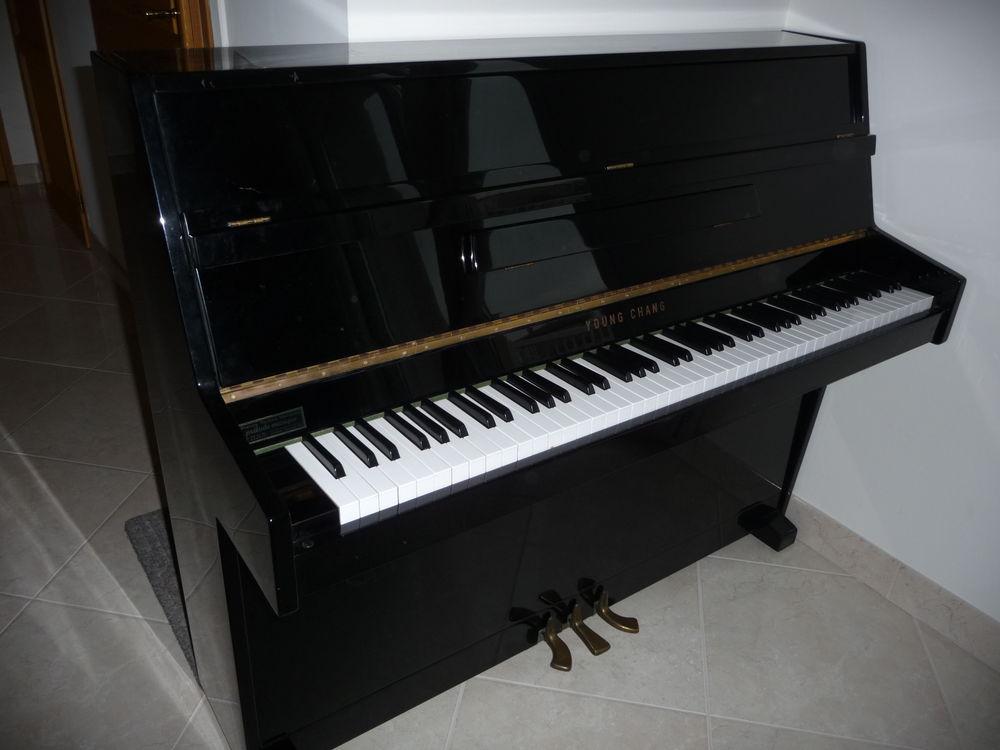 pianos occasion toulouse 31 annonces achat et vente de pianos paruvendu mondebarras page 3. Black Bedroom Furniture Sets. Home Design Ideas