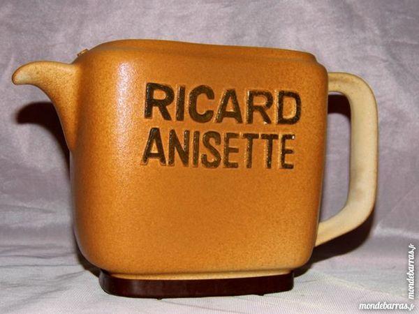 Pichet ricard cruche carafe faience céramique 20 Dunkerque (59)