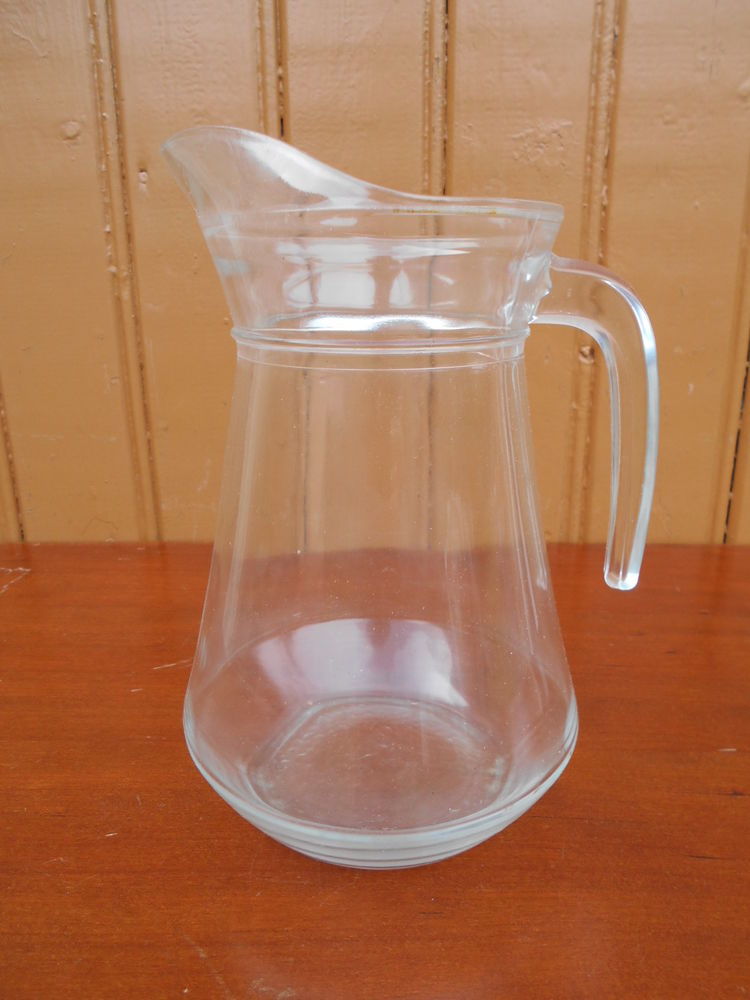 PICHET en verre  4 Dammarie-les-Lys (77)