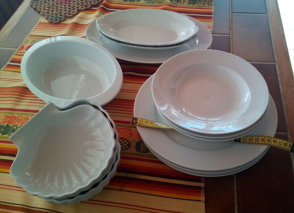 lot de 13 pièces genre plats porcelaine blanche 20 Rezé (44)