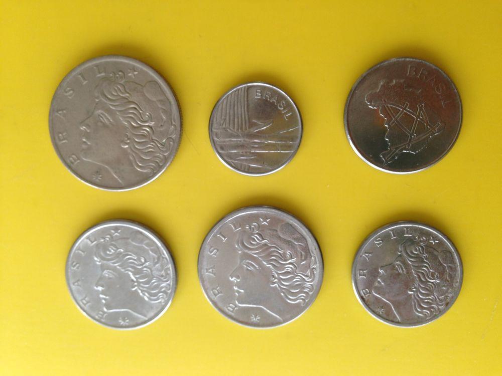 1 lot de 18 pièces de monnaie du Brésil.. 22 Saint-Vallier (71)