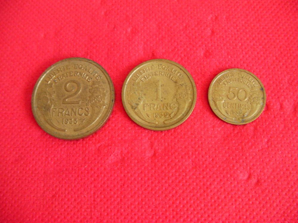 Pièces de monnaie MORLON 0,50cts - 1F et 2F 0 Saint-Etienne (42)