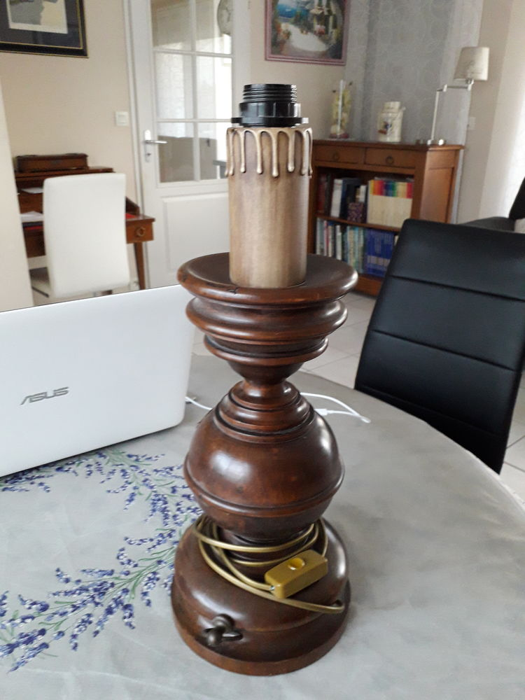 pied de lampe en bois 50 Saint-Nazaire (44)