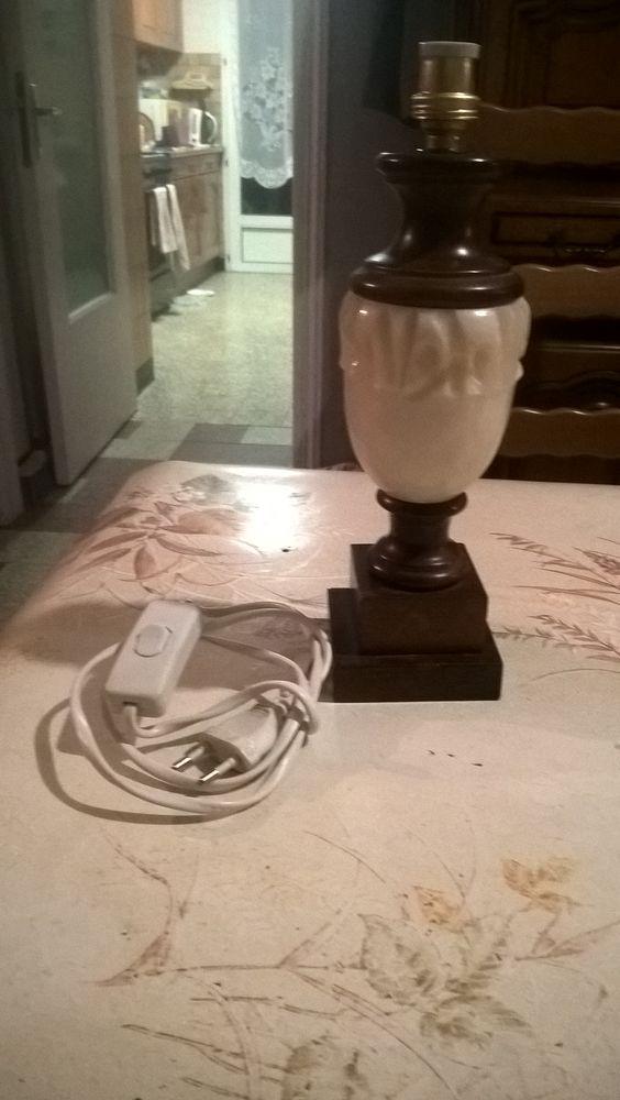 Pied lampe de chevet bois/albâtre vintage. 18 Flers-en-Escrebieux (59)