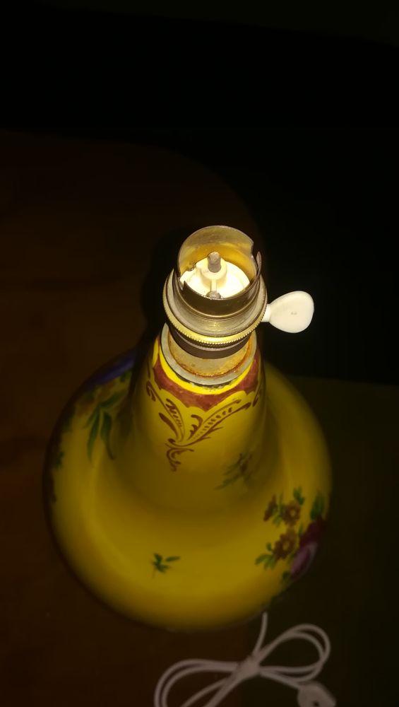 Pied de lampe en faience de clamecy signe roger colas - 300 Apt (84)