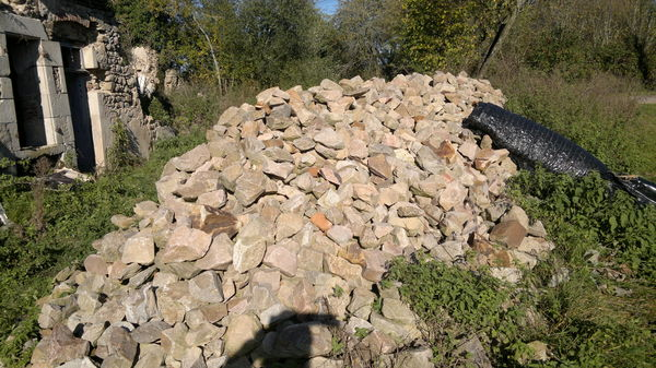 pierres a batir ou autres 1 Target (03)