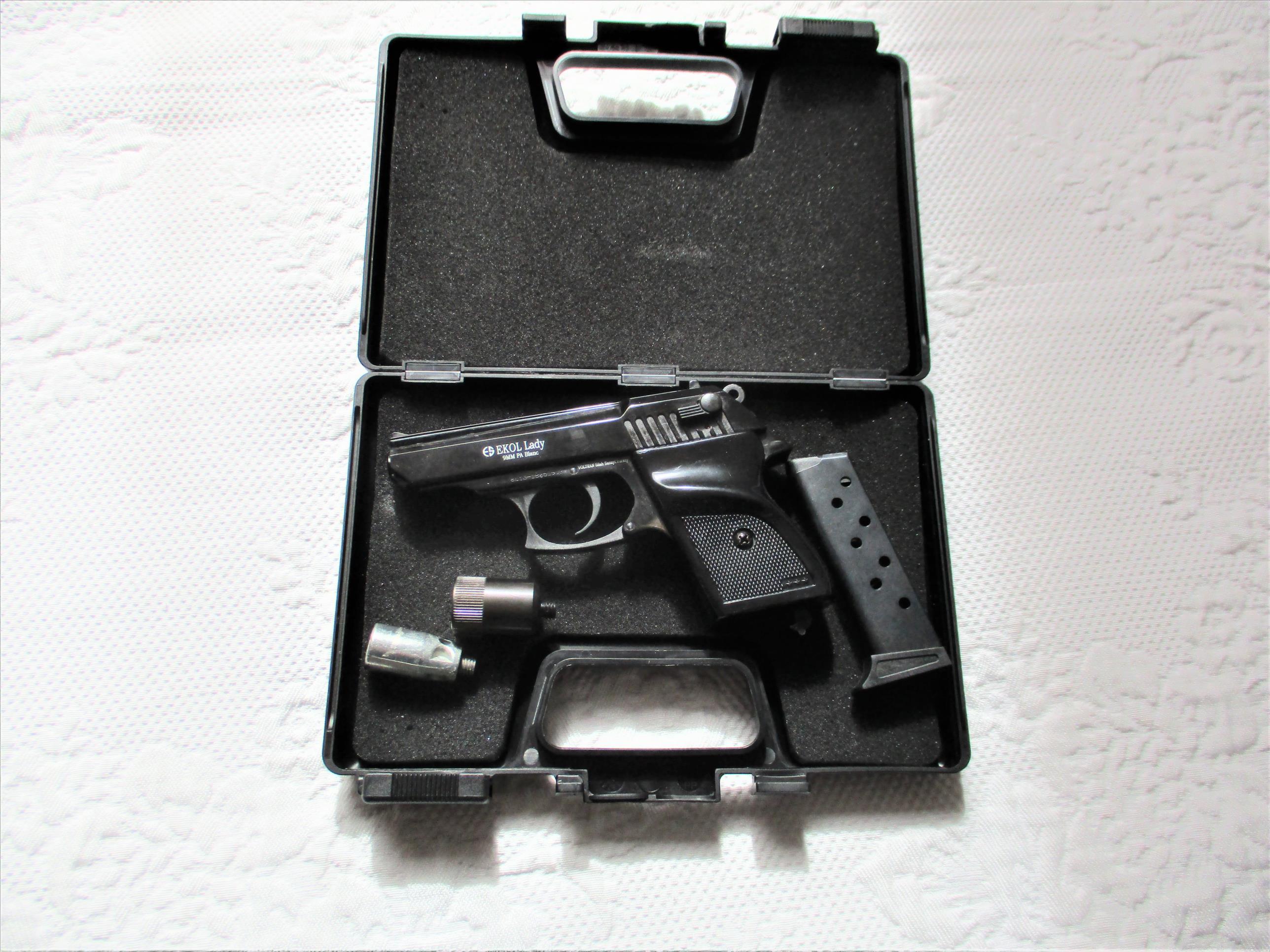 Pistolet de défense EKOL Lady noir  80 Combourg (35)