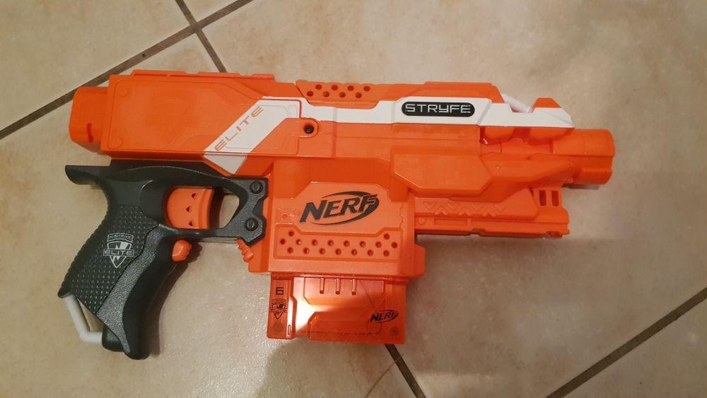 Pistolet Nerf 15 Narbonne (11)