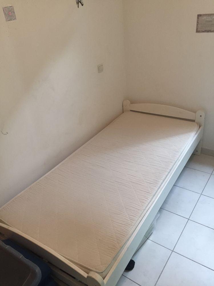 lit une place blanc 0 Uzès (30)