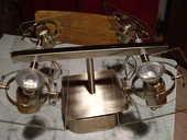 plafonnier à 4 lampes orientables. 8 Grospierres (07)