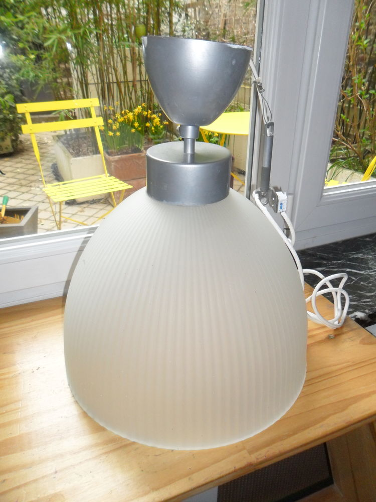 plafonnier en verre  diamètre: + 20 Lille (59)