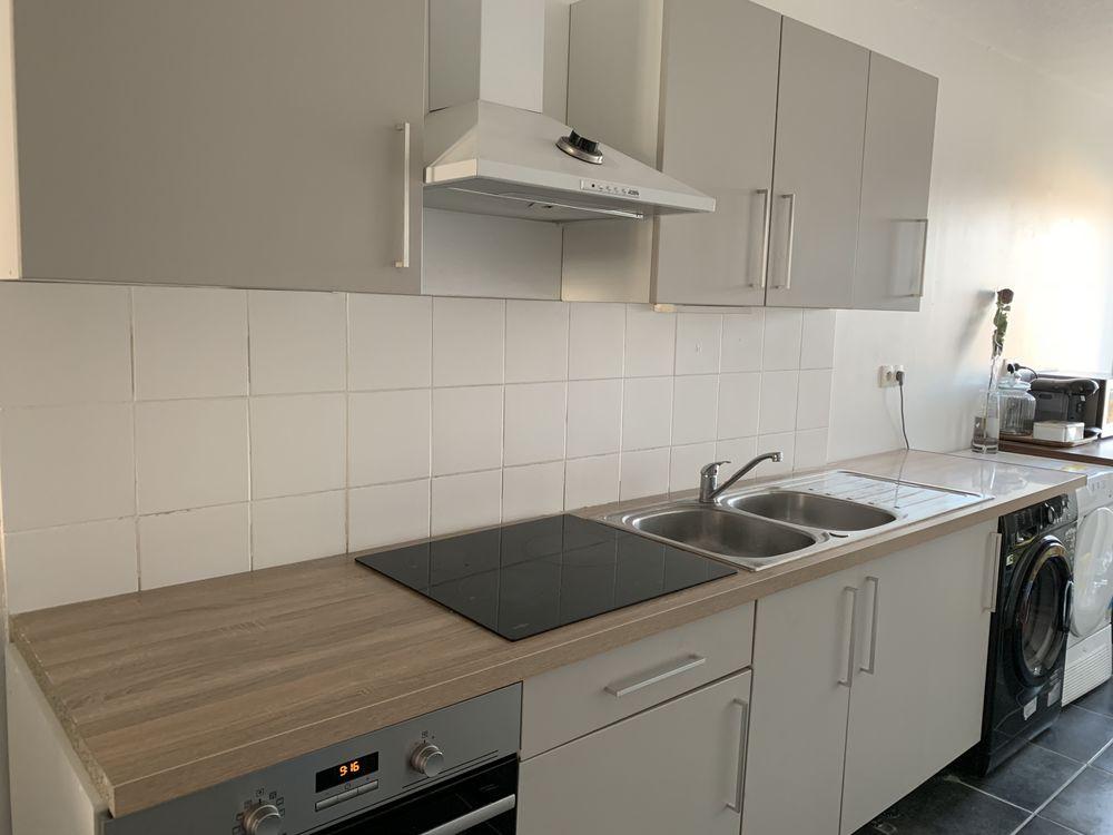 plan de travail évier inox hotte et façades 380 Montpellier (34)