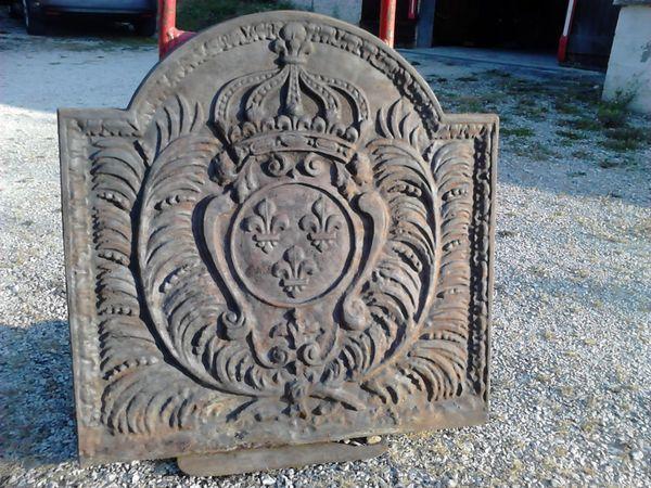 plaque de cheminée en fonte 150 Apprieu (38)