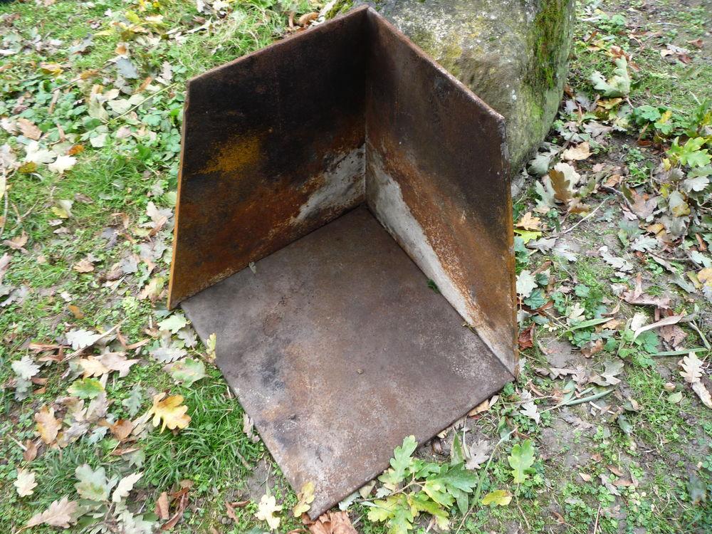 Plaque de cheminée fonte pour cheminée d'angle 65 Castres (81)