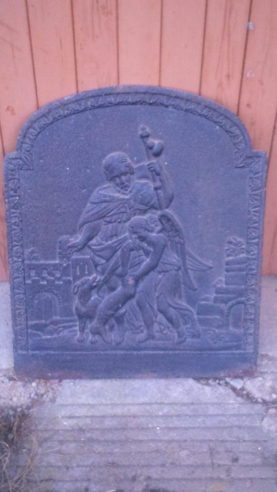 Plaque de cheminée en fonte. 180 Monflanquin (47)