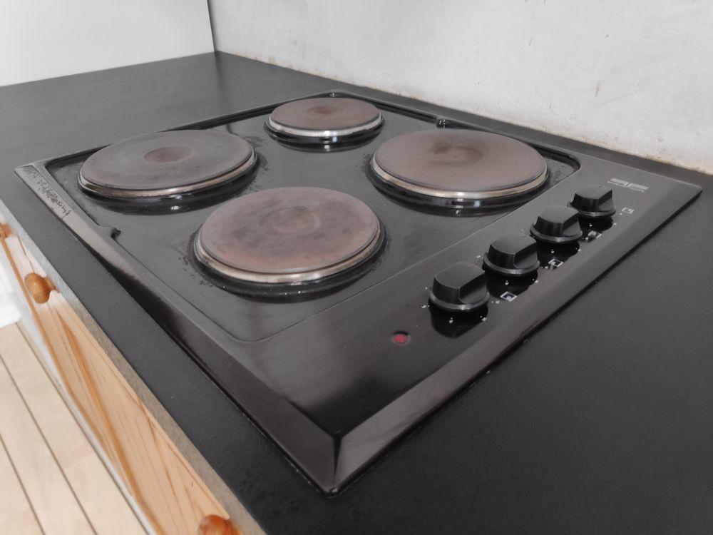 Plaque de cuisson électrique 4 foyers Frionor Genofri Electroménager
