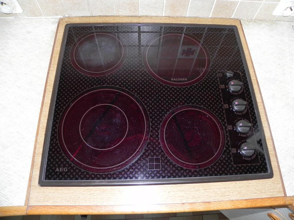 plaques de cuisson occasion dans le finist re 29 annonces achat et vente de plaques de. Black Bedroom Furniture Sets. Home Design Ideas