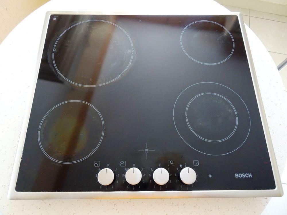 Plaque de cuisson vitrocéramique 60 Pornichet (44)