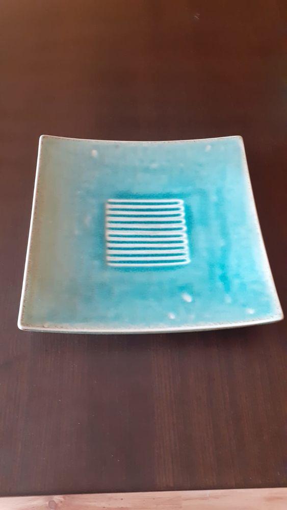 Plat carré en céramique inspiration japonaise vert turquoise 30 Paris 15 (75)