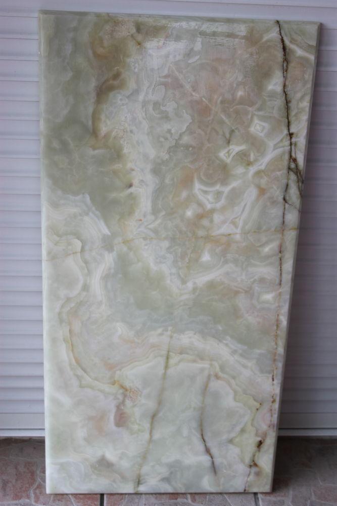 Plateau marbre nervuré  30 Montigny-Lencoup (77)