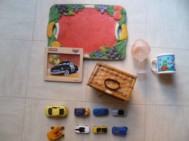 plateau /miroir, plateau bois sculpté, voitures miniatures  2 Martigues (13)