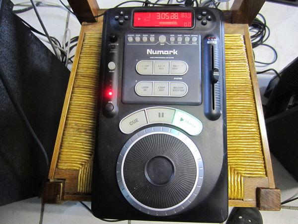 PLATINE DJ NUMARK AXIS 9 ( PRO ) 60 Peyriac-Minervois (11)