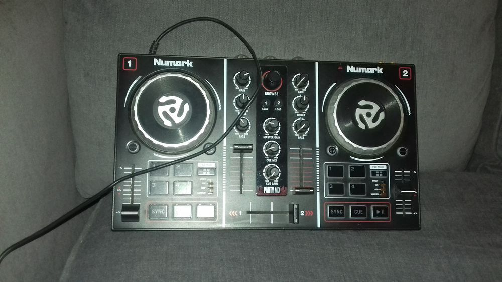 platine party mix NUMARK Instruments de musique