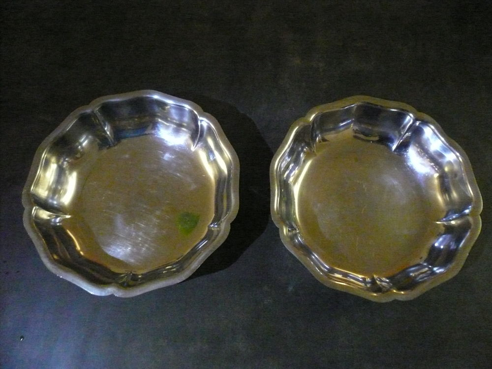 Plats / Corbeilles de table en métal Electroménager