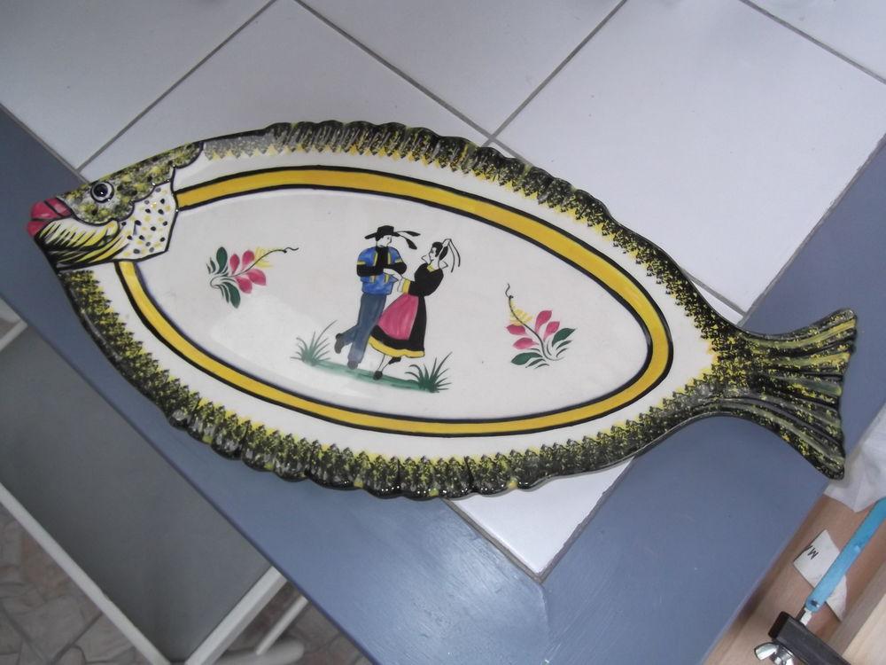Plats à poisson   HENRIO QUIMPER  0 Plouray (56)