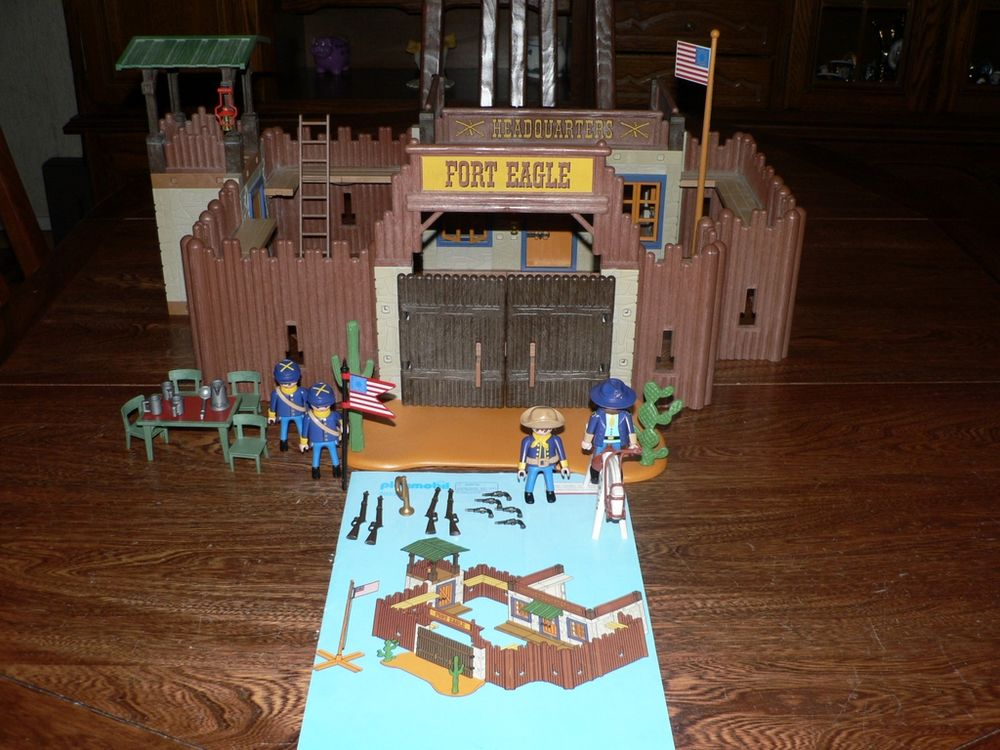 Playmobil 3023 Fort   EAGLES  40 Trilport (77)