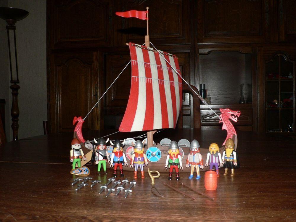Playmobil 3150 Vikings / Drakkar (Manque 6 rames) 15 Trilport (77)