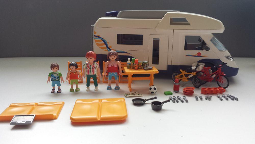 Playmobil camping car  35 Annezin (62)