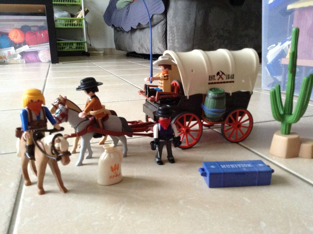 Playmobil chariot western Jeux / jouets