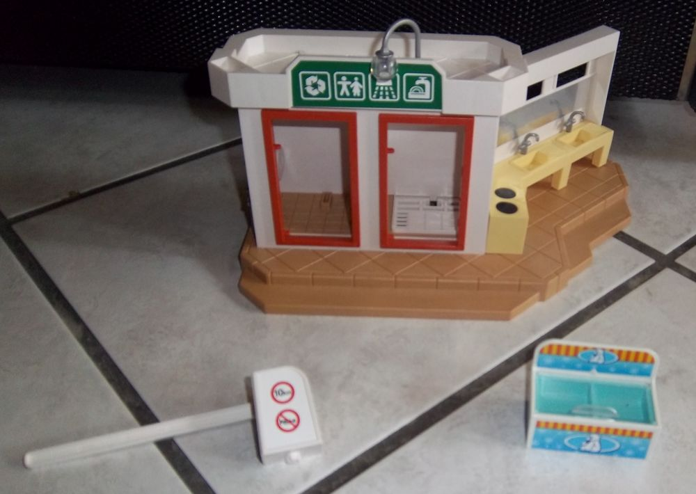 Playmobil lavabo douche camping 5 Colombier-Fontaine (25)