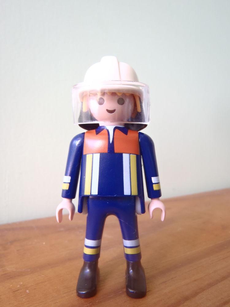Playmobil : pompier réf 4914 ( figurine ) 3 Limoges (87)