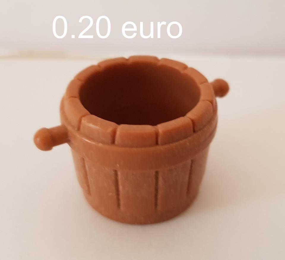Playmobil seau   0.20 euro 0 Marseille 9 (13)