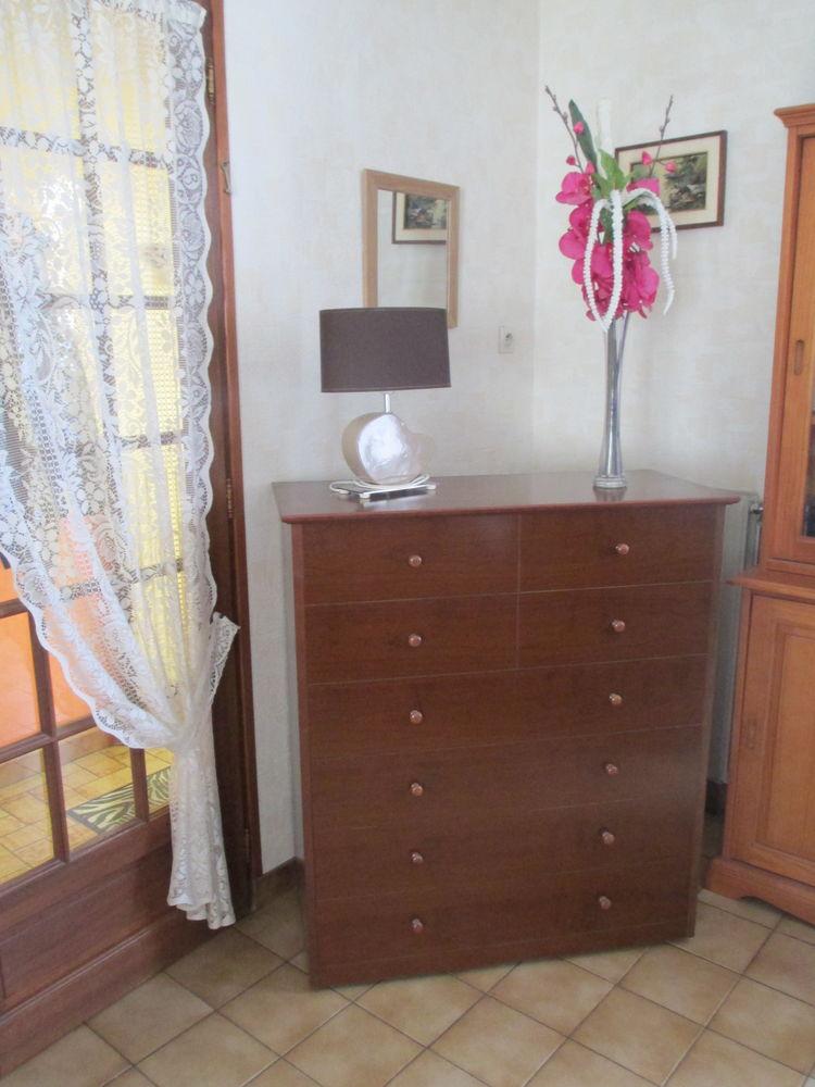 achetez lit pliant meuble quasi neuf annonce vente. Black Bedroom Furniture Sets. Home Design Ideas