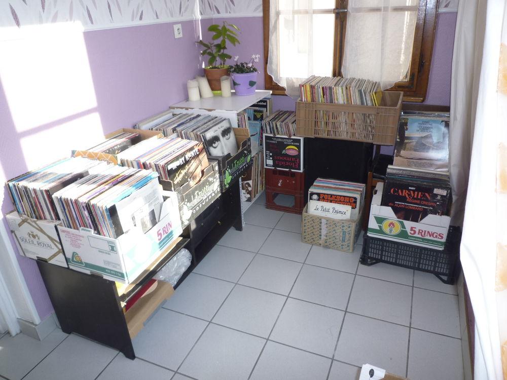 plus de 500 disques vinyls à partir de 4 eur.   6 Colmar (68)