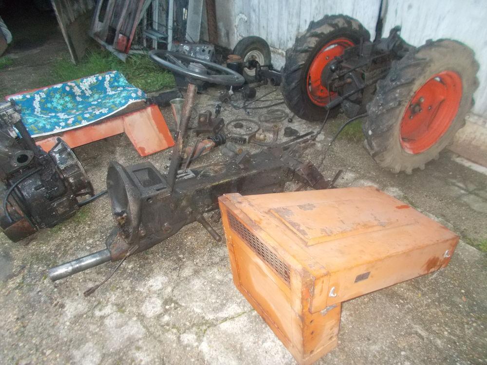 plusieurs pièces hako track 2000 diesel Jardin