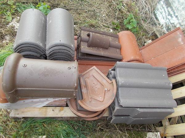 plusieurs  tuiles redland monier lafarge f aire prix  6 Saran (45)